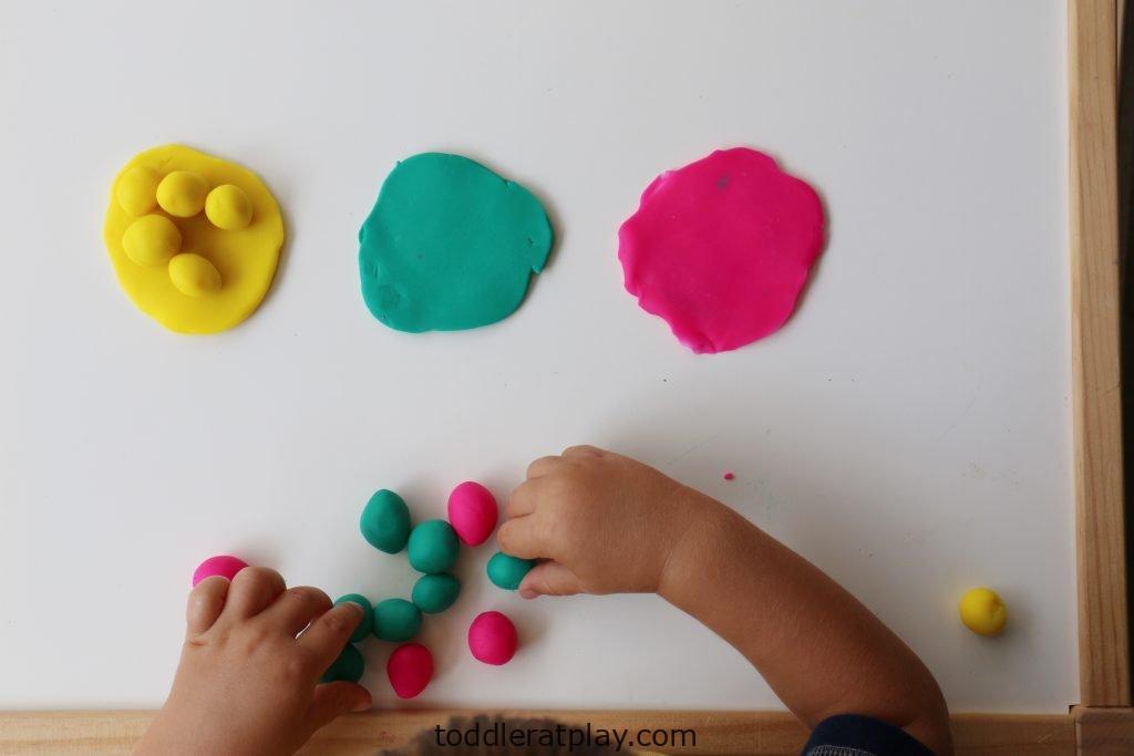 playdough color sort (5)