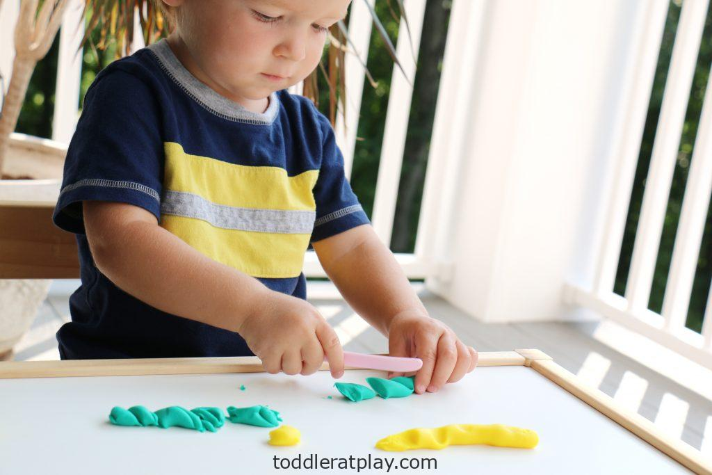 playdough slicing (1)