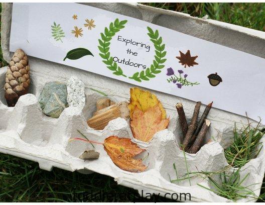 cardboard window wildflower craft- toddler at play (1)
