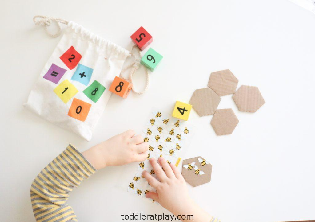 bee counting activity- toddler at play (4)