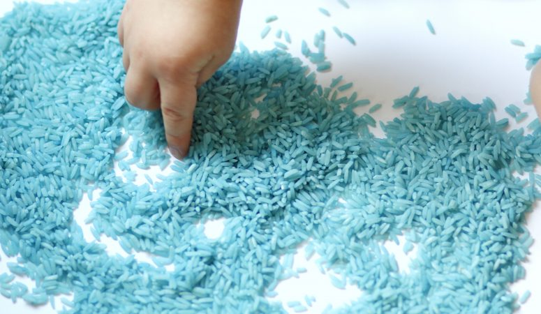 How to Dye Rice Tutorial (VIDEO)