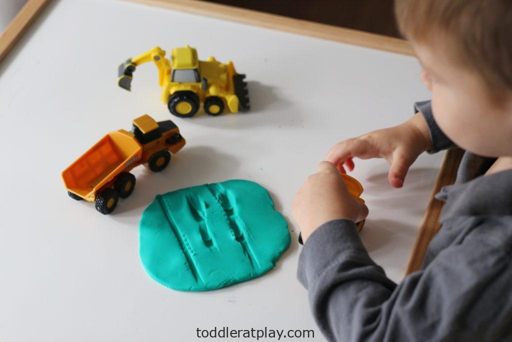 truck tracks (1)