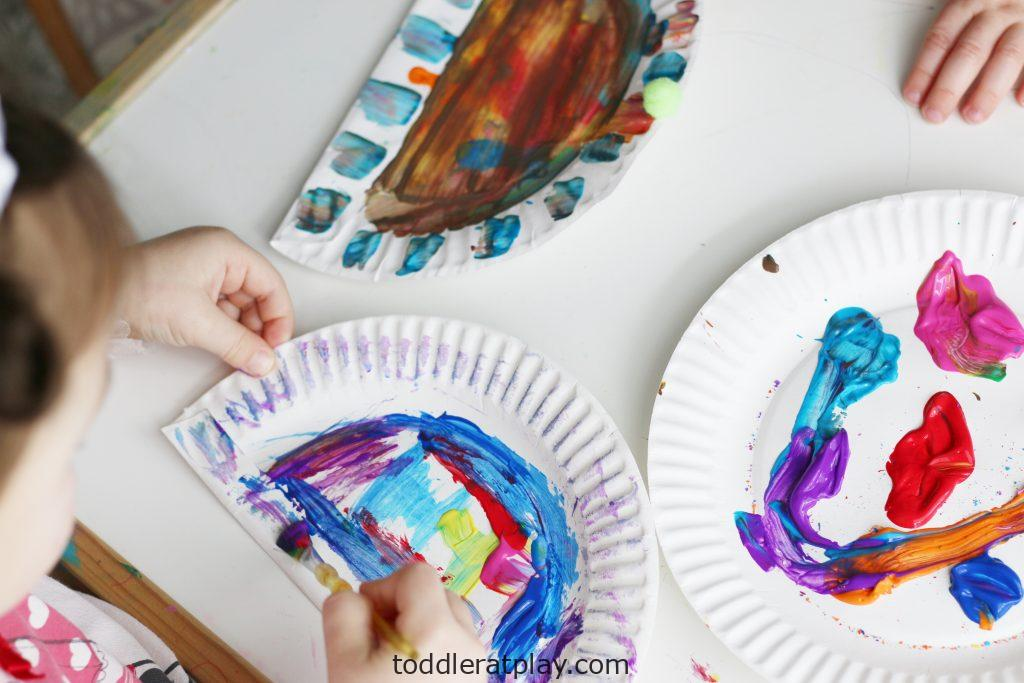 snowy paper plate hats (5)