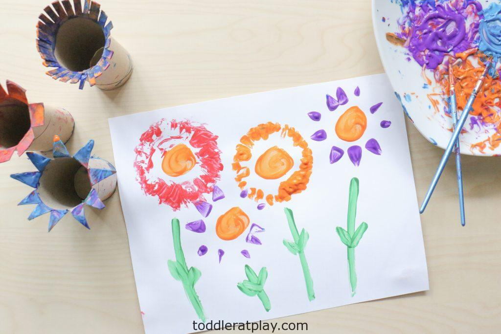 paper roll flower craft - toddler at play (5)
