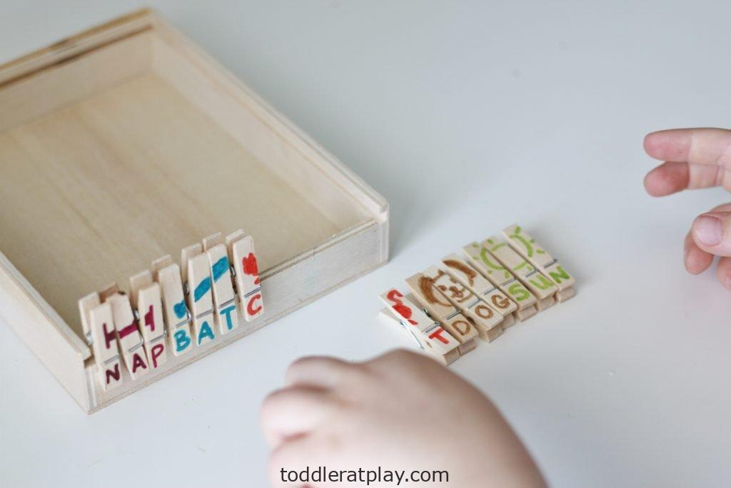 clothespin spelling puzzles- toddler at play (3)