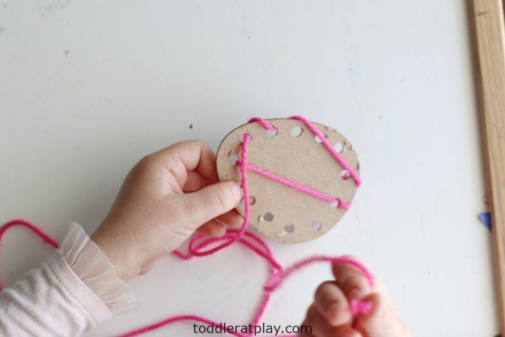 easter egg yarn threading- toddler at play (9)