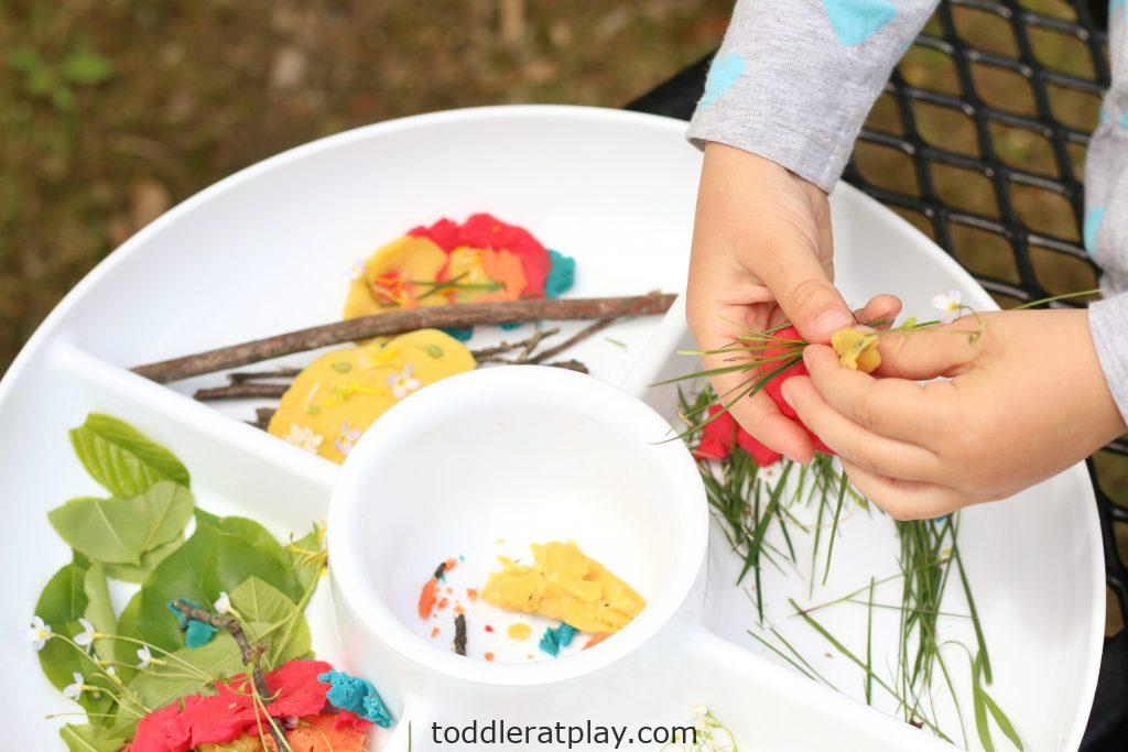 outdoor play-dough invitation to create- toddler at play (3)