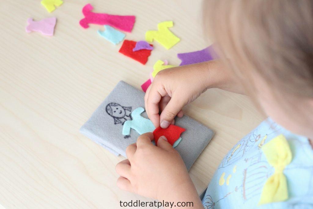 felt dress up- toddler at play (4)