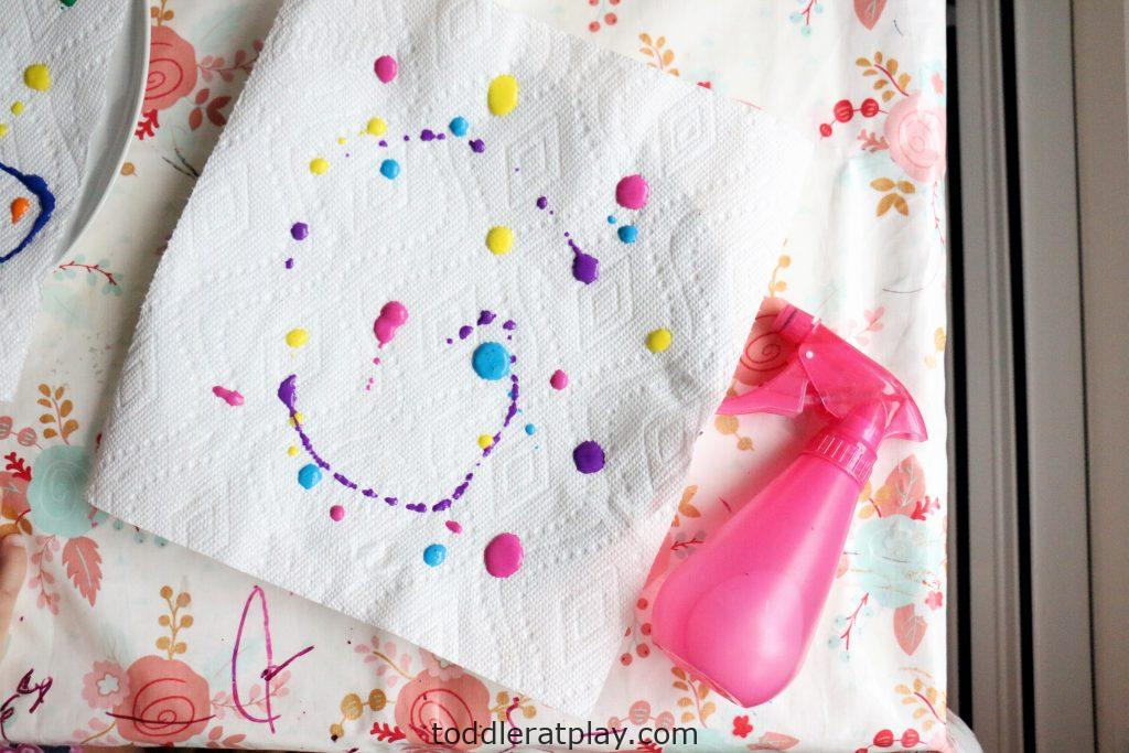 paper towel color mixing- toddler at play (13)