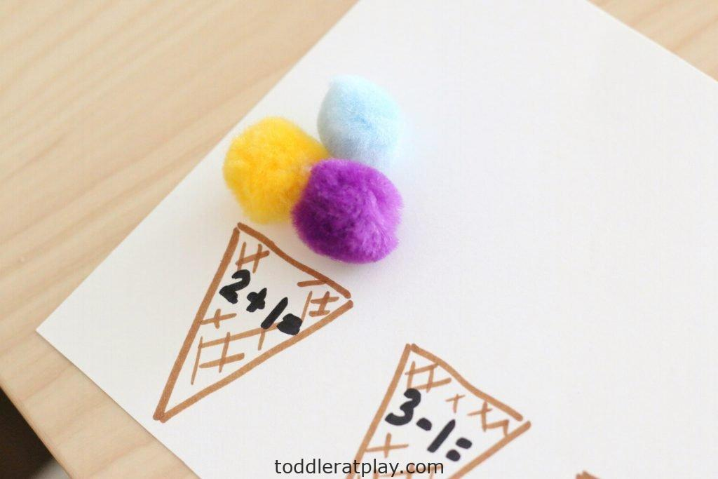 pom-pom ice cream scoop math- toddler at play (9)