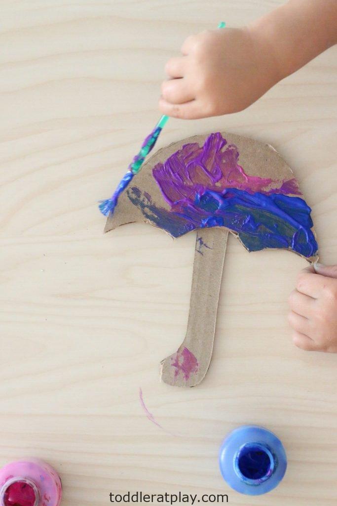pom-pom umbrella- toddler at play (8)