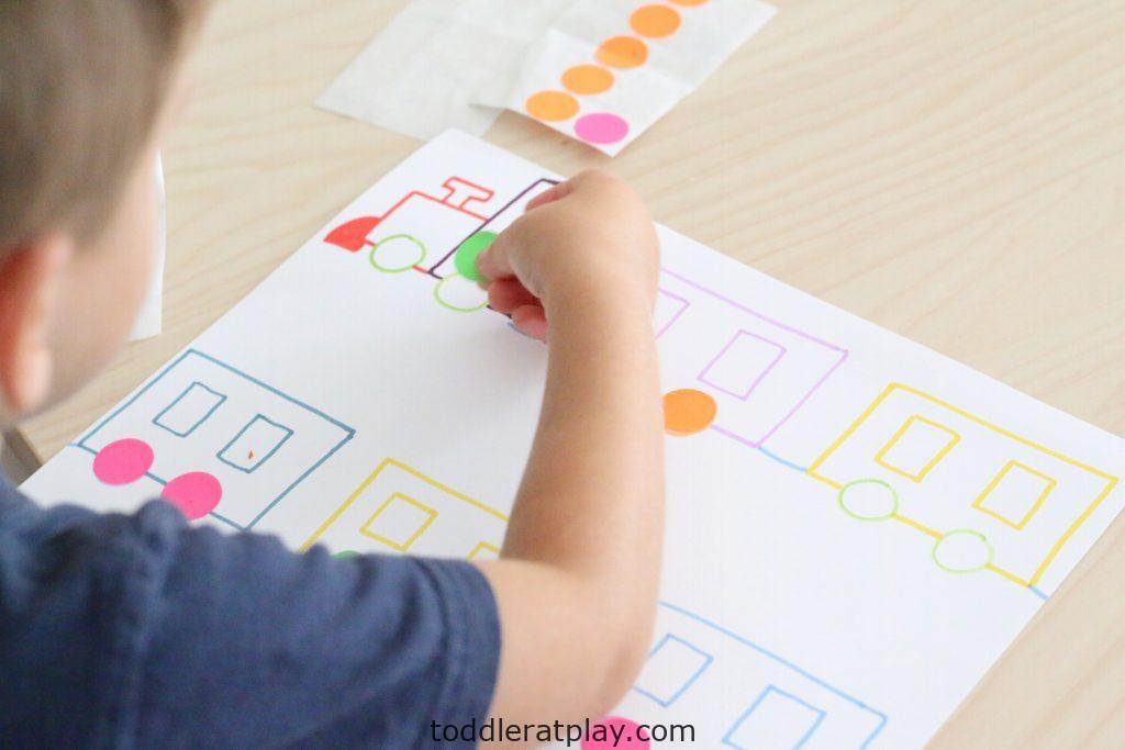 dot sticker train match- toddler at play (1)
