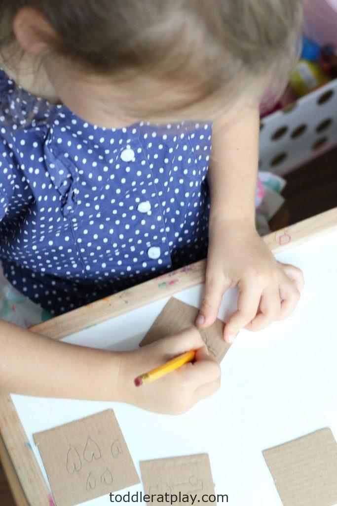 diy play-dough stamps- toddler at play (1)