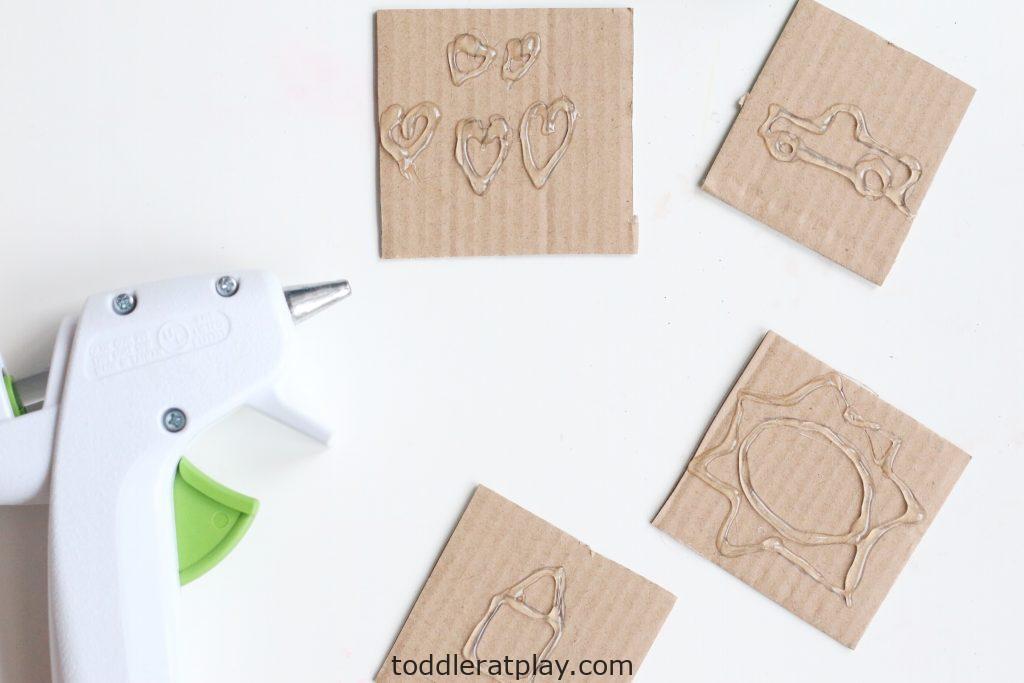 diy play-dough stamps- toddler at play (7)