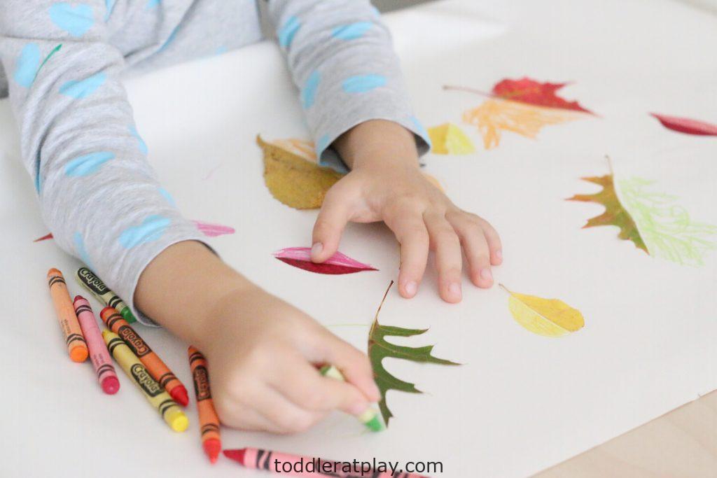 leaf symmetry- toddler at play (15)