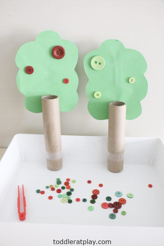 apple tree button color sort- toddler at play (6)