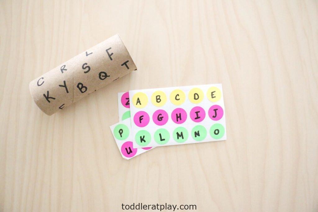dot sticker alphabet match- toddler at play (4)