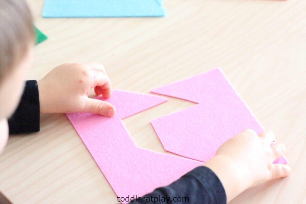 diy felt puzzles- toddler at play (2)