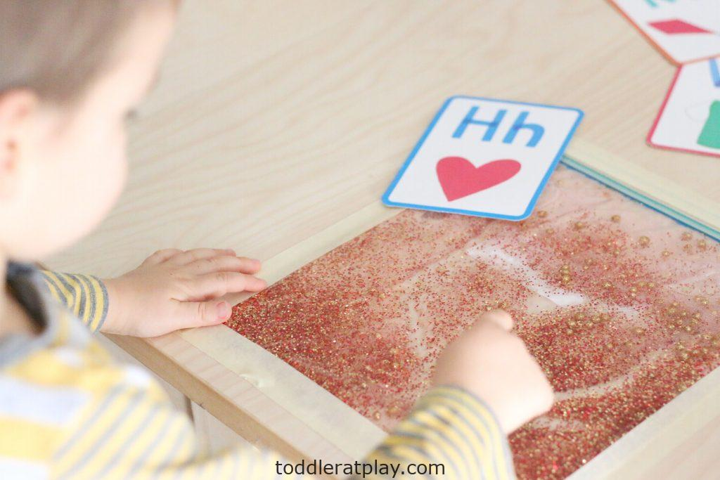 glitter sensory writing pad- toddler at play (10)