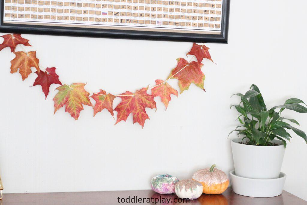 leaf garland- toddler at play (1)