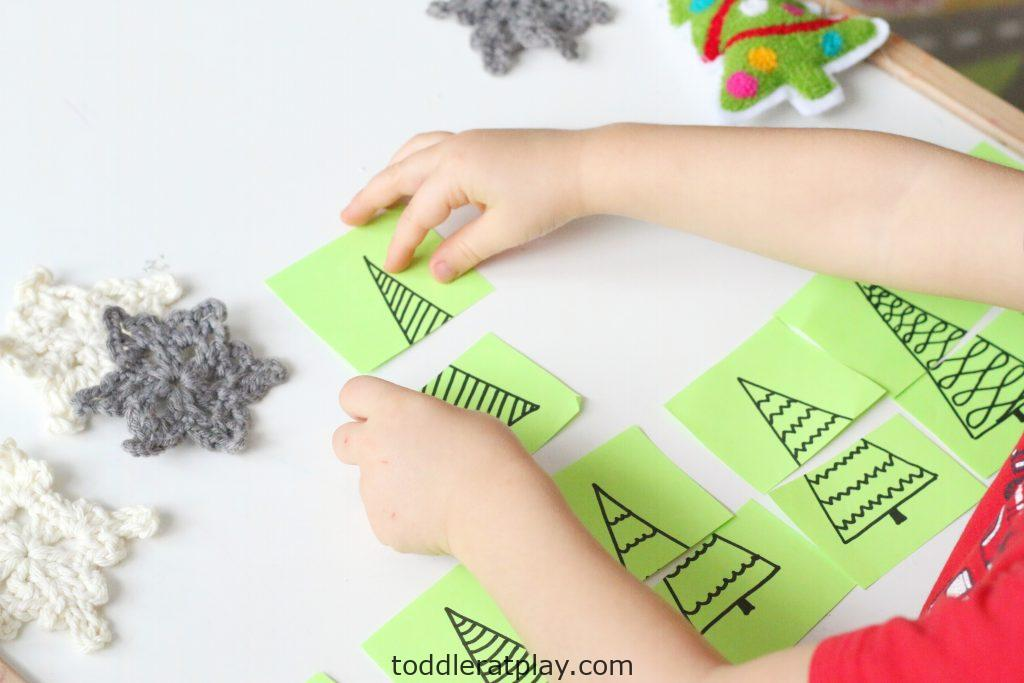 christmas tree puzzles- toddler at play (13)