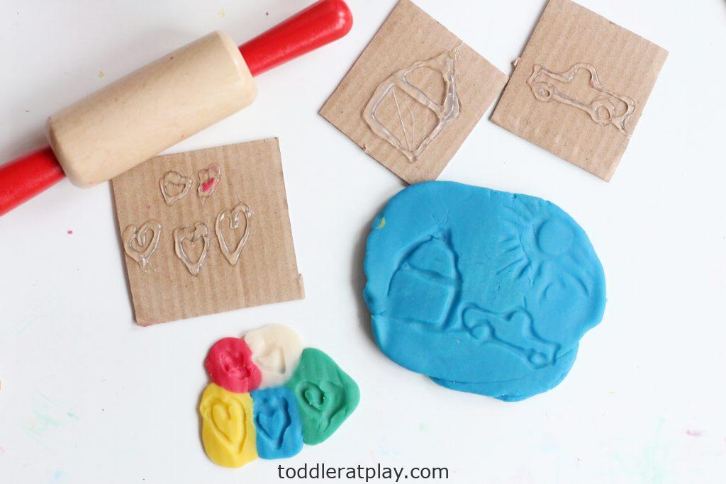 diy play-dough stamps- toddler at play (3)