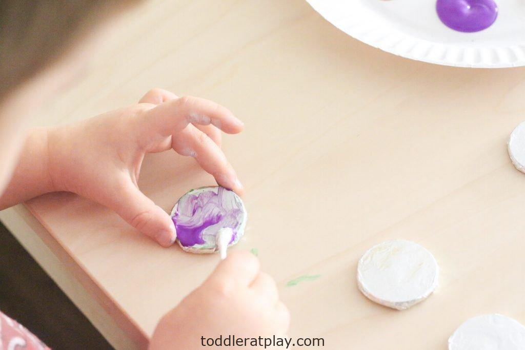 foil painted ornaments- toddler at play (15)