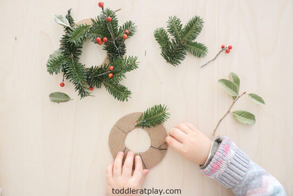 mini christmas wreaths- toddler at play (11)
