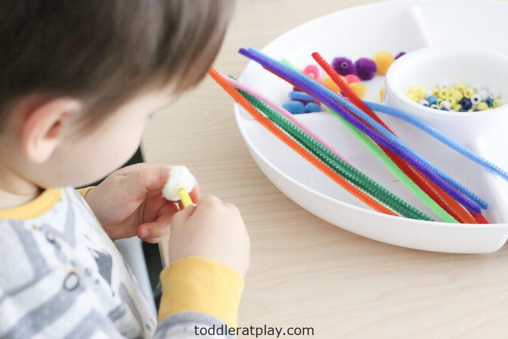 diy bubble wands- toddler at play (3)