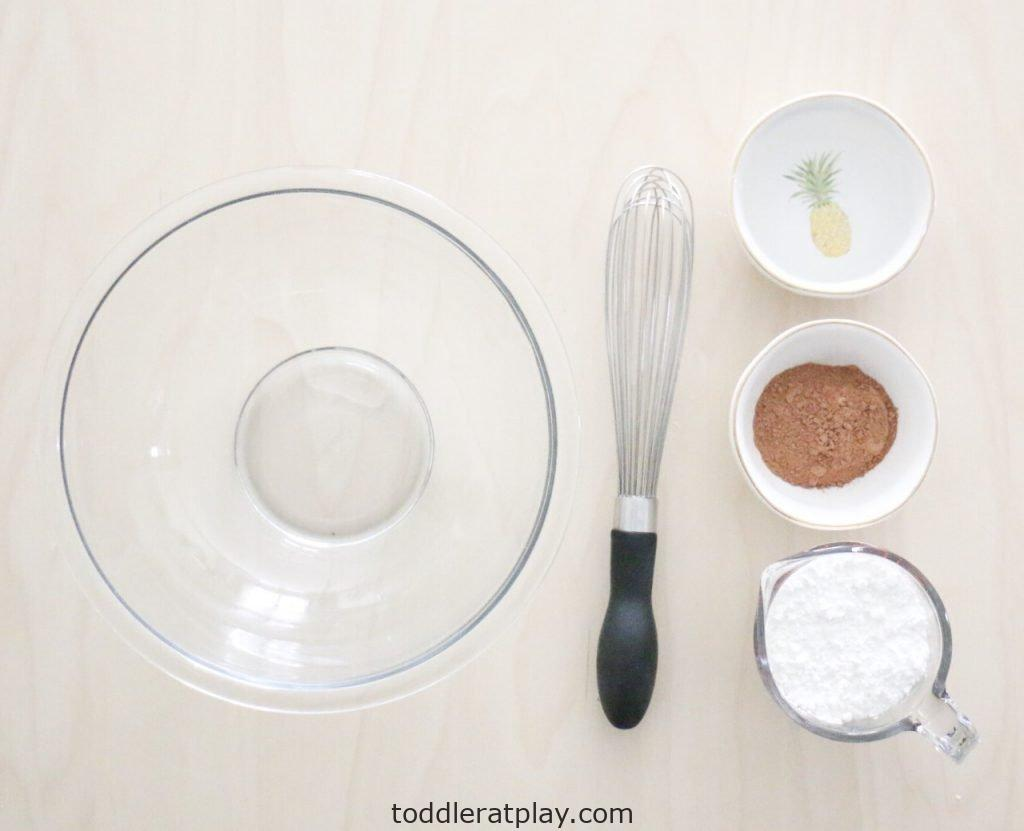 oobleck recipe- toddler at play (1)