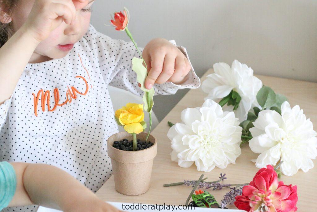 gardening sensory bin- toddler at play (1)