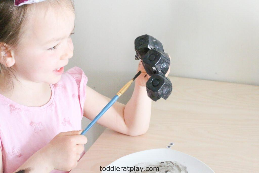recycled ant craft- toddler at play (5)