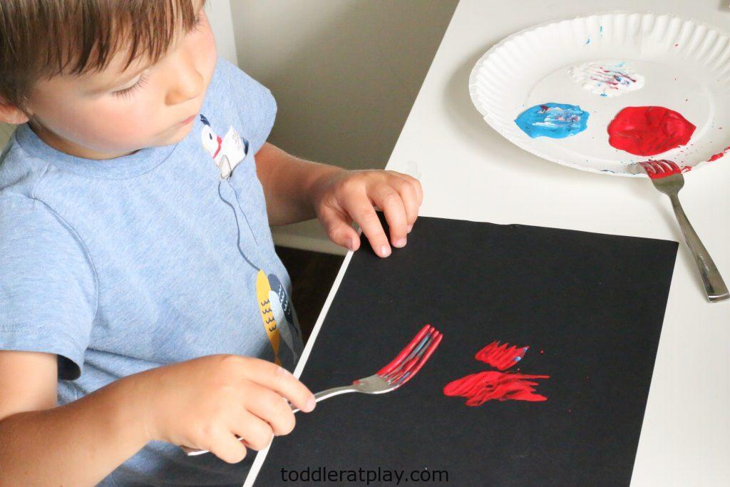 fork stamped fireworks craft- toddler at play (3)