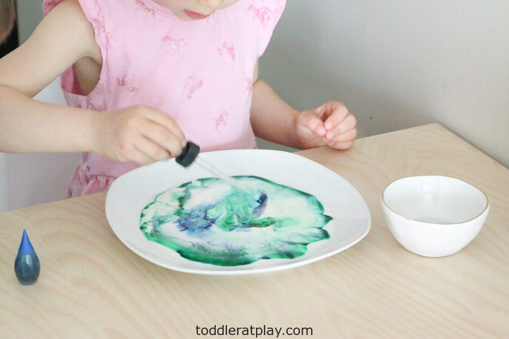 milk experiment - toddler at play (1)