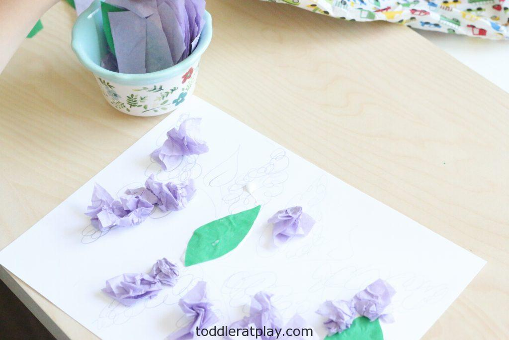tissue paper lilac craft- toddler at play (2)