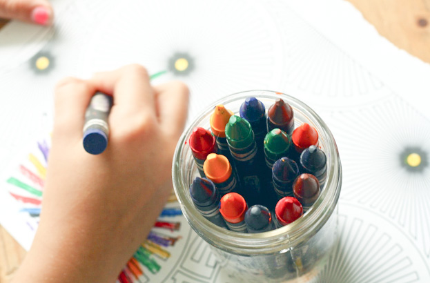 15 Perfectly Simple Toddler Activities to Try at Home