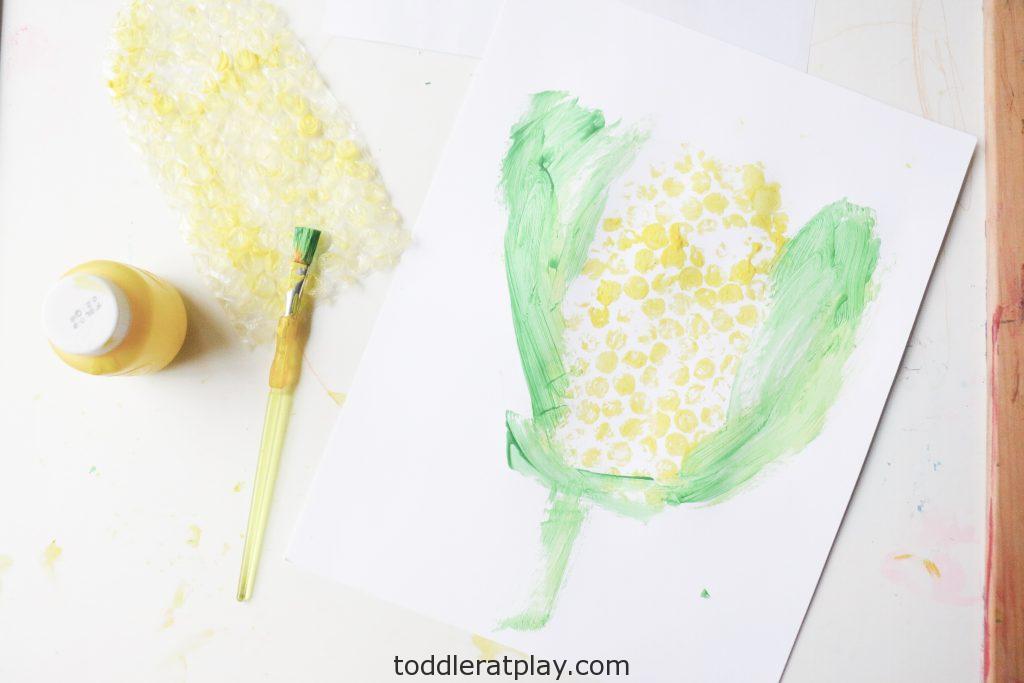bubble wrap corn craft- toddler at play (15)