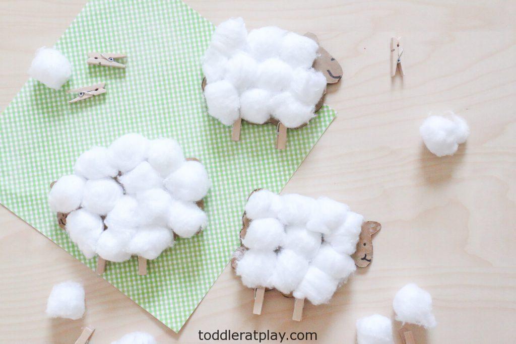 cardboard sheep craft- toddler at play (3)