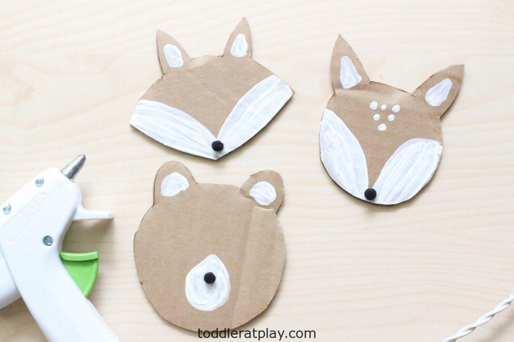cardboard woodland animal puppets - toddler at play (1)