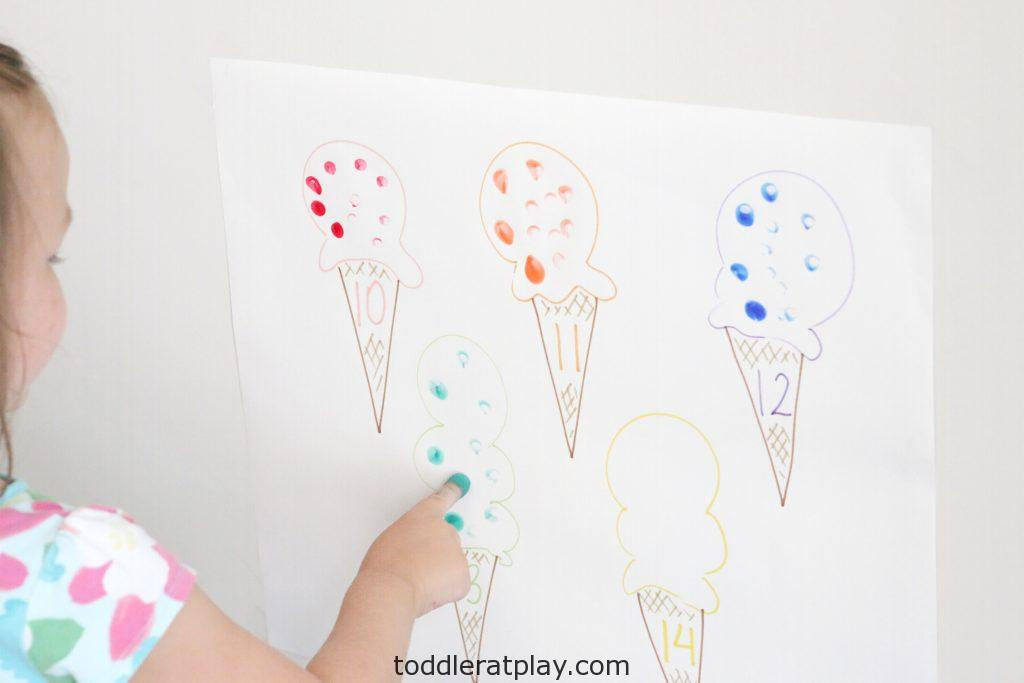 ice cream sprinkles count- toddler at play (7)