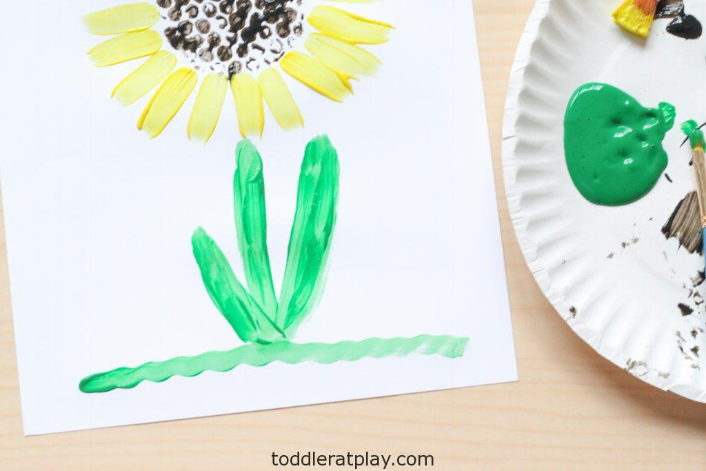 bubble wrap sunflower craft - toddler at play (1)