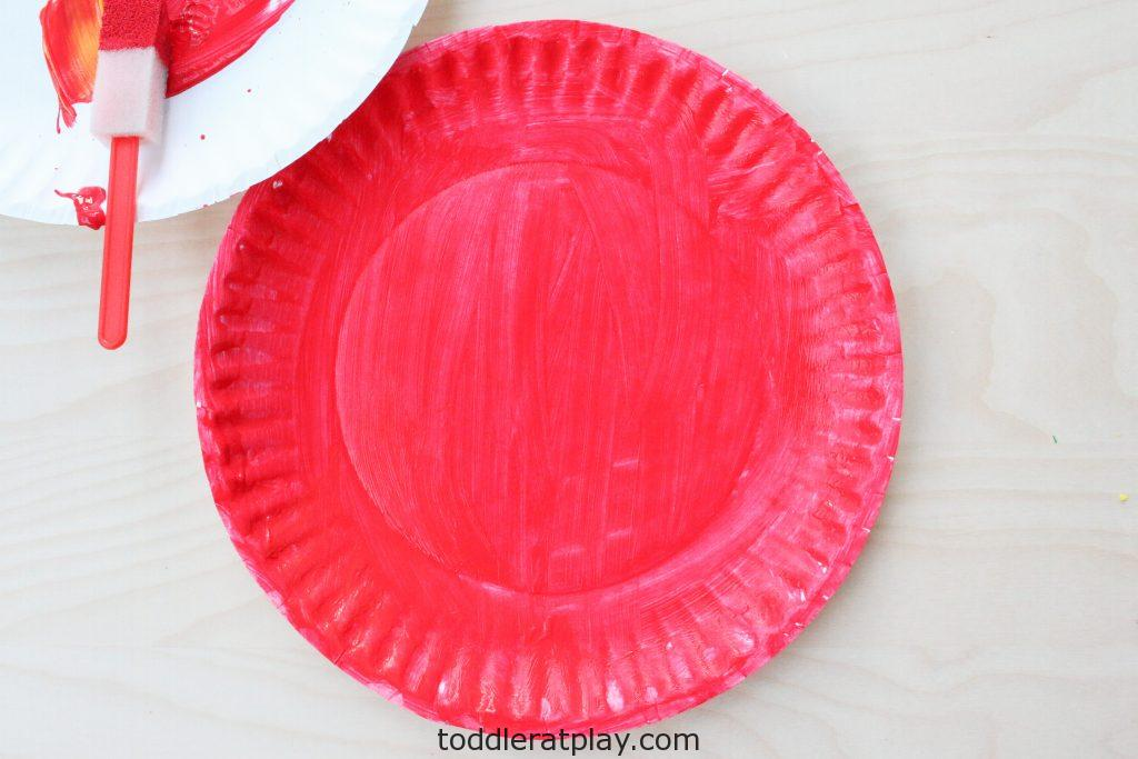 paper plate apple craft - toddler at play (6)