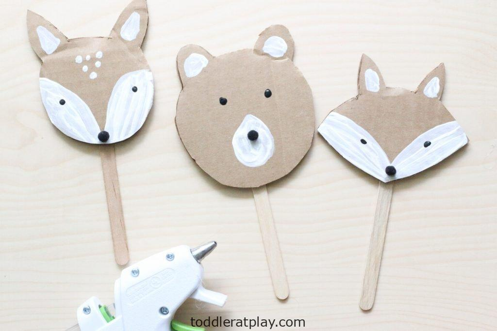 cardboard woodland animal puppets - toddler at play (5)