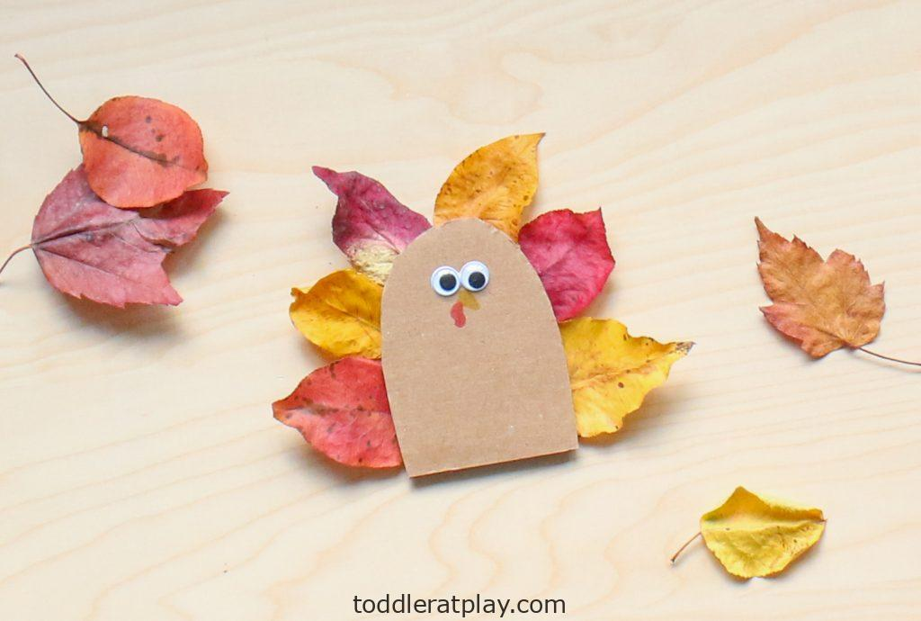 recycled leaf turkey craft - toddler at play (3)