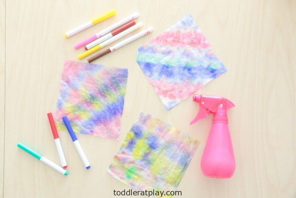 paper towel tie dye activity - toddler at play (1)