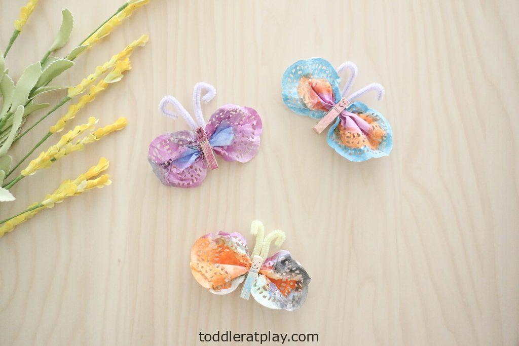 doily butterfly craft-toddler at play (4)